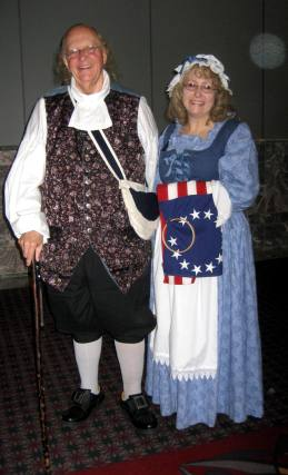 Ben Franklin and Betsy Ross at the FGS Conference