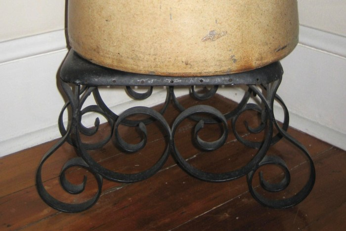 Stool made by Henry A.W. Lindgren